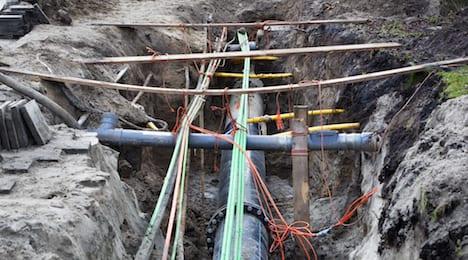 Underground dark fibre cables